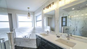 DIY vs. Professional Bathroom Renovations Checklist – Your Best Option!